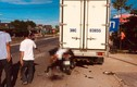 Tông vào xe tải đỗ bên đường, người đàn ông tử vong thảm thương