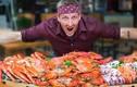 Video: Thử thách ăn 30 kg hải sản 'ngập' cua hoàng đế, tôm hùm