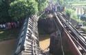 Video: Lật tàu hỏa ở Bangladesh, hơn trăm người thương vong