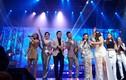 Hương Tràm nhận show ở Mỹ để kiếm tiền đóng học phí