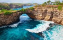 Video: Đảo thiên đường với những con sóng 'nuốt' chết người ở Bali