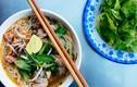 Video: Quán ăn vỉa hè 7 ngày bán 7 món hút khách ở TP.HCM
