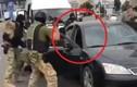 Video: Đội đặc nhiệm Nga xả súng, tóm gọn băng đảng buôn lậu