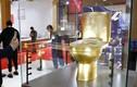 Video: Bồn cầu mạ vàng đính hơn 40.000 viên kim cương lập kỷ lục Guinness
