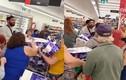 """Đánh nhau vì tranh giấy vệ sinh, 2 người phụ nữ nhận cái """"kết đắng"""""""