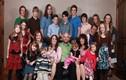 Ba chị em gái rủ nhau lấy chung 1 chồng, sinh ra 24 đứa trẻ