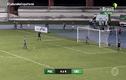"""Video:  Pha sút penalty """"cực dị"""" khiến thủ môn ức chế và cái kết """"có hậu"""""""