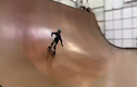 Video: Màn trình diễn ván trượt siêu đẳng của hotboy 11 tuổi