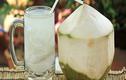 4 công dụng tuyệt vời của nước dừa trong ngày nắng nóng