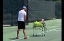 Video: 7 triệu lượt xem cậu bé 1 tuổi tập luyện cùng bố