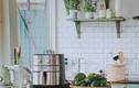 Vợ chồng trẻ chi 50 triệu cải tạo căn bếp màu xanh