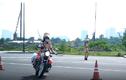 Video: Buổi tập của 58 nữ cảnh sát dẫn đoàn