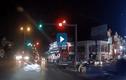 Video: Xe máy vượt đèn đỏ gây tai nạn