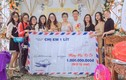 Hội bạn thân mừng đám cưới phong bì 'siêu to khổng lồ'
