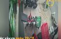 Video : Tên trộm bẻ khóa xe máy khi bảo vệ vừa quay người đi