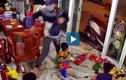 Video: Cậu bé ngơ ngác khi trộm xông vào nhà
