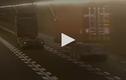 Video : Rơ moóc rời khỏi xe đầu kéo trượt tự do trong hầm