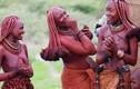 Kỳ lạ bộ lạc nơi phụ nữ từ chối mặc quần áo