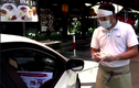Video: Nhà hàng phục vụ bữa ăn ngay trong xe hơi