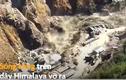 Video: Cảnh lũ quét cuốn phăng con đập ở Ấn Độ