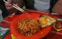 Món mỳ cay gây mất thính giác ở Indonesia