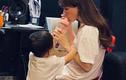 Hòa Minzy nghẹn ngào khi chia sẻ chuyện cai sữa cho con trai