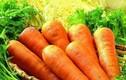 Mua cà rốt chọn củ màu sẫm là đúng hay sai?