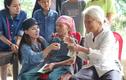 Dân mạng vạch ra điểm bất thường trong những đợt từ thiện của Phi Nhung