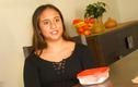 Cô bé 13 tuổi kiếm được hơn 330 triệu chỉ nhờ bán 1 miếng bim bim