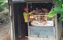 Tiệm bán vàng đơn sơ như cái lều, bất ngờ khi biết nó ở Việt Nam