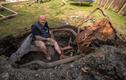 Người đàn ông bất ngờ thấy thứ bí ẩn từng có giá khủng trong vườn nhà