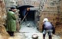 """Khai quật mộ cổ 500 năm của nhà sư: Xuất hiện hai con """"quái thú"""" còn sống"""