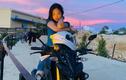 """Cô gái lái mô tô đi phượt khắp nơi, thích ở """"khách sạn ngàn sao"""""""