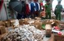 Hàng nghìn bánh trung thu không rõ nguồn gốc xuất hiện ở miền Tây