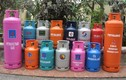 Ba mẹ con nhốt 6 cán bộ, dọa kích nổ bình gas ở Đồng Nai