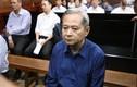 Cựu PCT TP.HCM Nguyễn Hữu Tín tóc bạc trắng sau 1 năm bị tạm giam