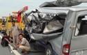 Xe khách húc đuôi xe bồn, 4 người chết