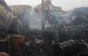 Hàng trăm lính cứu hỏa chữa cháy kho chứa hàng 1.000m2