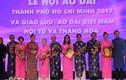Lãnh đạo TP HCM trang trọng mặc áo dài dự lễ hội