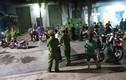 Nam công nhân tử vong, người nhà vây kín công ty đòi làm rõ