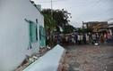 Sập mái hiên nhà, 3 phụ nữ bị vùi dưới đống đổ nát