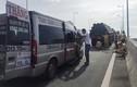 TPHCM: Ô tô khách tông container trên cao tốc HLD