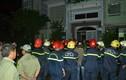 TPHCM: Gần 10 người mắc kẹt trong căn nhà 4 tầng bốc cháy