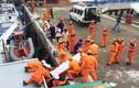Đau đớn đón 4 thuyền viên tử nạn trên biển vào đất liền