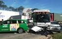 Container gây tai nạn kinh hoàng, hàng loạt xe chờ đèn đỏ gặp nạn