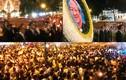 Hàng nghìn giáo dân rước bộ đưa linh cữu Tổng giám mục về nơi an táng