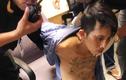 Tạm giữ gã xăm trổ rút súng gây rối tại sân bay Tân Sơn Nhất