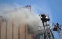 Cháy nhà hàng cao tầng giữa trung tâm TP HCM, thực khách tháo chạy