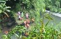 Hàng chục người tìm du khách rơi xuống thác Đam B'ri