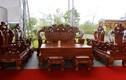 Bộ bàn ghế chạm rồng giá gần 1 tỷ của đại gia Việt
